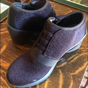 BZee Boots
